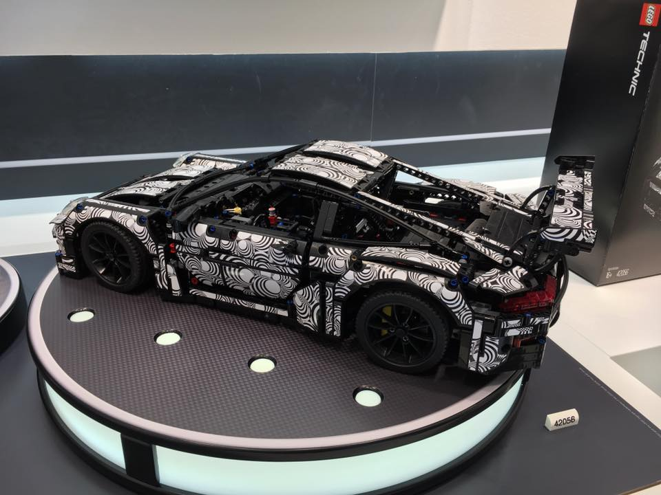 lego technic porsche 911 gt3 rs lifersblog. Black Bedroom Furniture Sets. Home Design Ideas