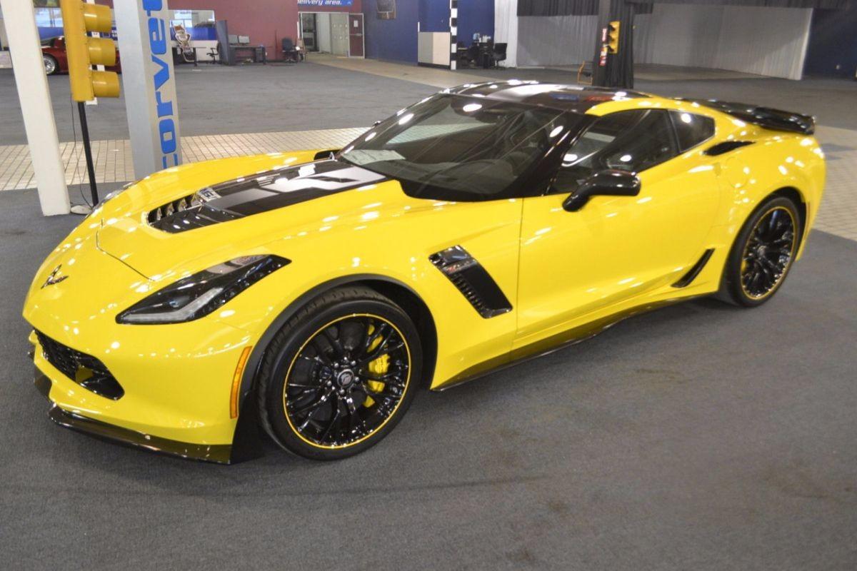 Corvette Z06 C7.R Edition
