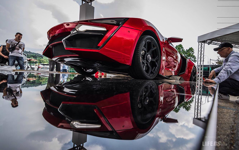 W Motors Lykan Hypersport al Salone del Auto di Torino