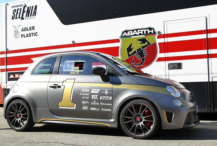 Primo Test Abarth 695 Biposto (prova su pista)