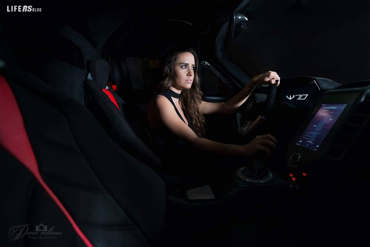 Exotic Rides presenta live la sua supercar W70