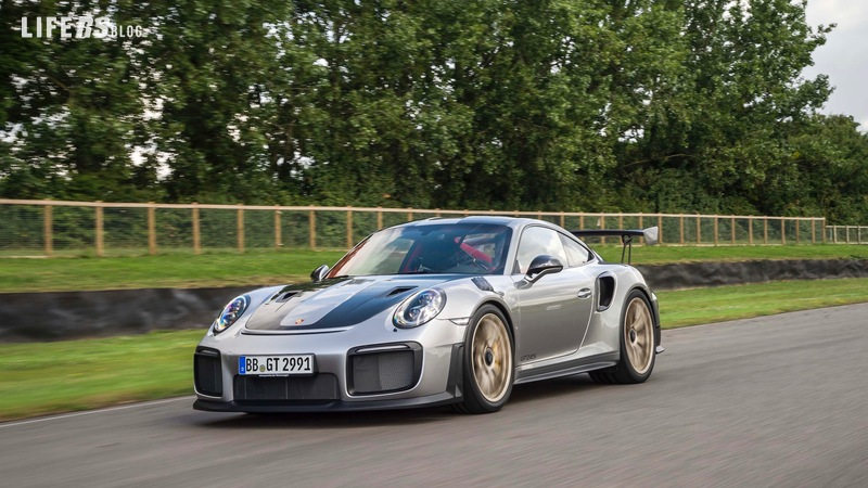 Nuova 911 GT2 RS