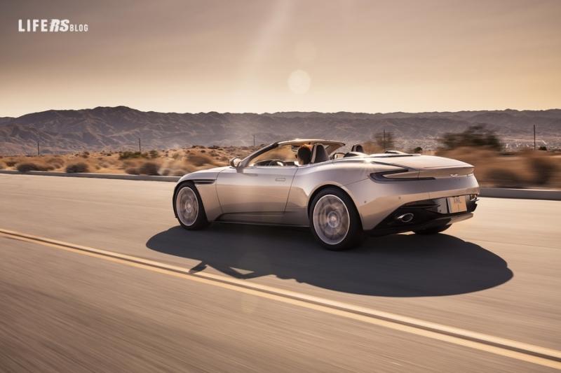 DB11 Volante: l'ultima evoluzione della iconica Sports GT convertibile di Aston Martin
