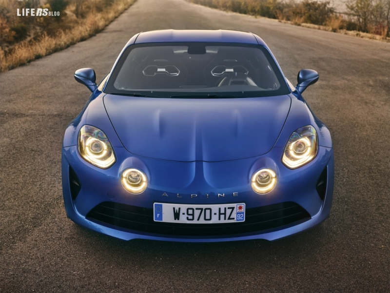 Alpine torna con la coupé sport A110 Première Édition