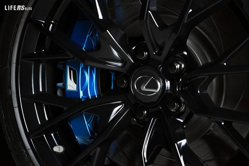 Decimo anniversario per RC F e GS F di Lexus