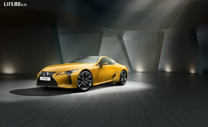 Yellow Edition per la Coupè Lexus LC