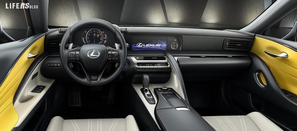 Yellow Edition per la Coupè Lexus LC