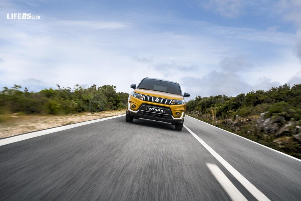 Vitara: stile deciso e raffinato per il SUV compatto SuzukiVitara: stile deciso e raffinato per il SUV compatto Suzuki