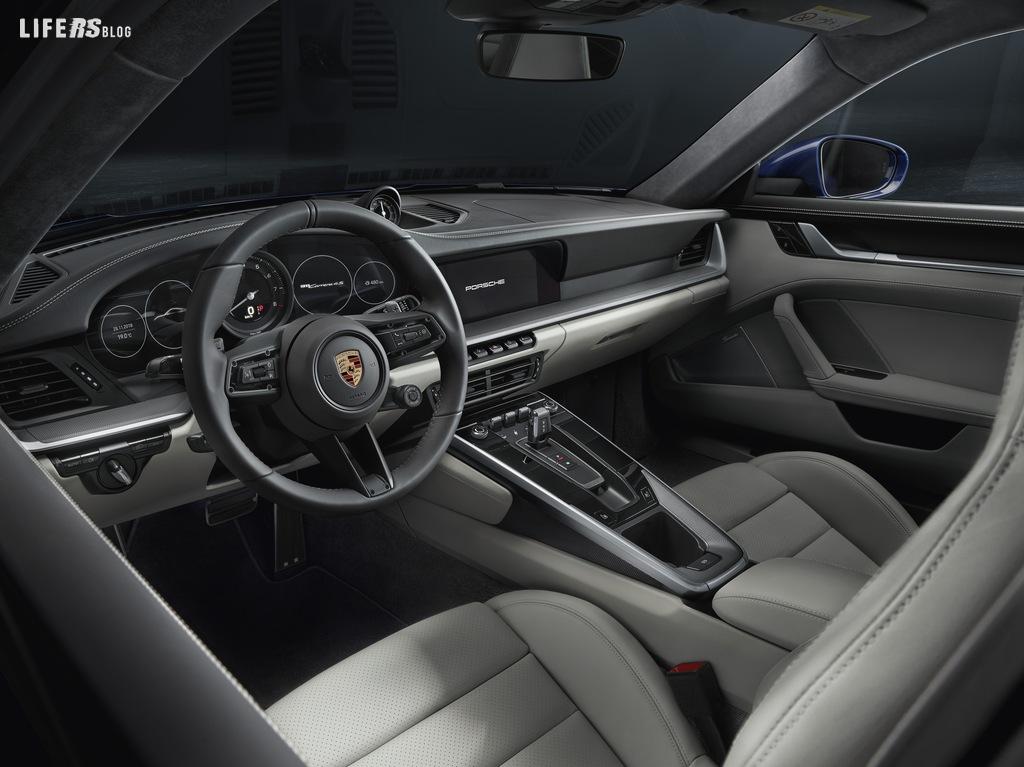 La Porsche 911 entra nell'ottava generazione