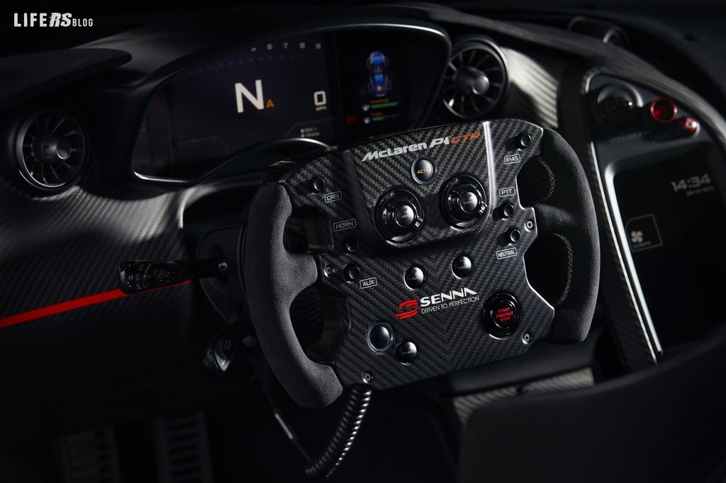 P1™ GTR omaggia, in un progetto unico, Ayrton Senna