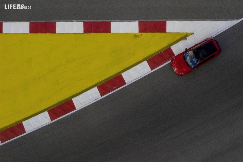 Golf GTI TCR, la stradale basata su un'auto da corsa!