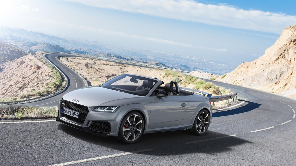 TT RS Coupé e Roadster