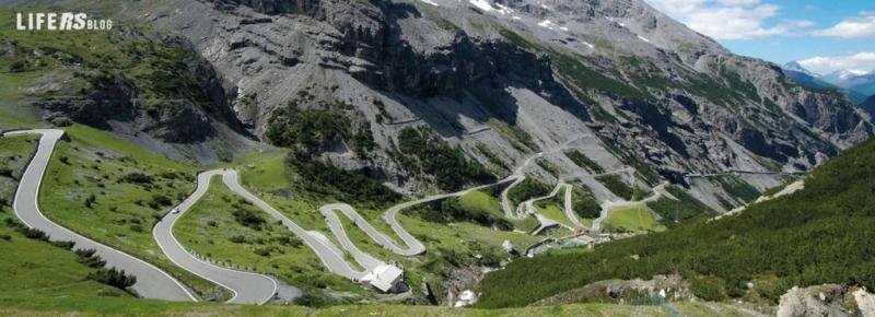 Passo dello Stelvio e Passo Giau, Italia