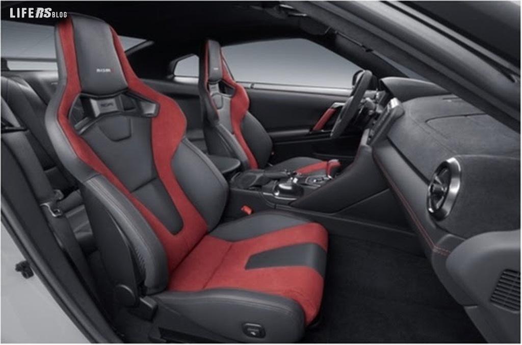 """Nissan GT-R NISMO 2020, """"Mr. GT-R"""" la migliora ancora"""