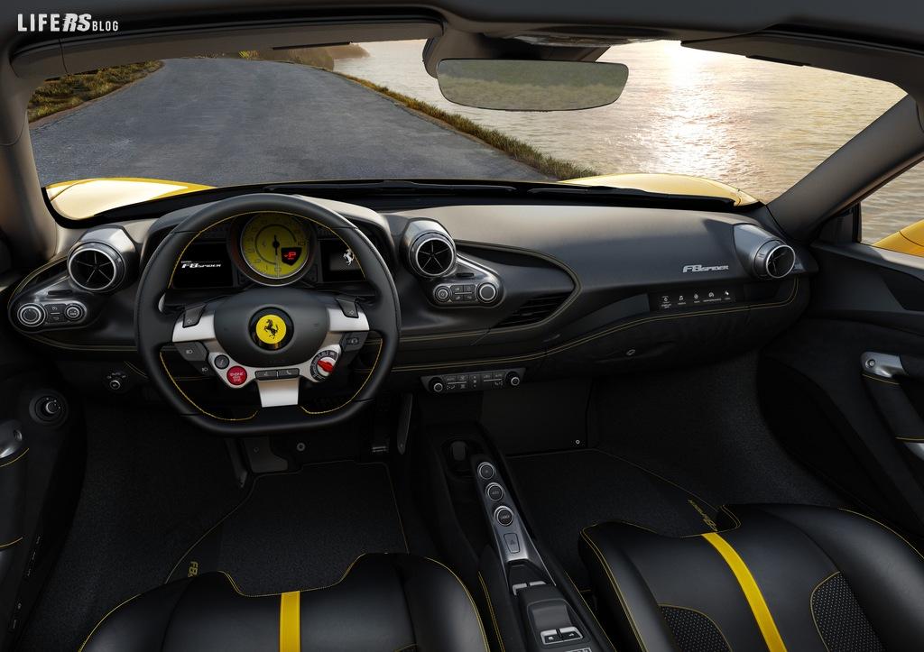 Ferrari svela la F8 Spider