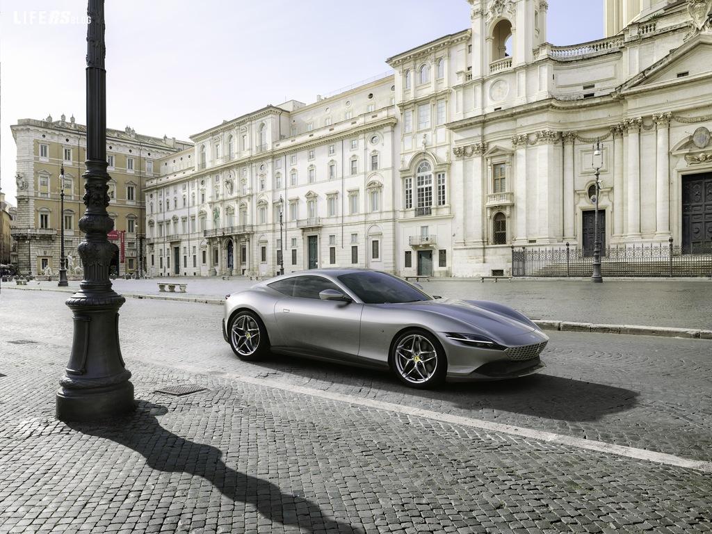Ferrari Roma: la nuova coupé V8 2+ del Cavallino Rampante