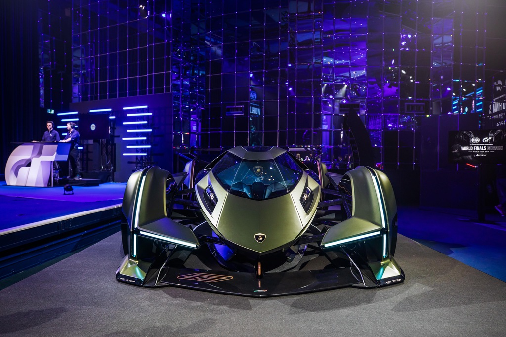 V12 Vision Gran Turismo, nuovo capolavoro Lamborghini