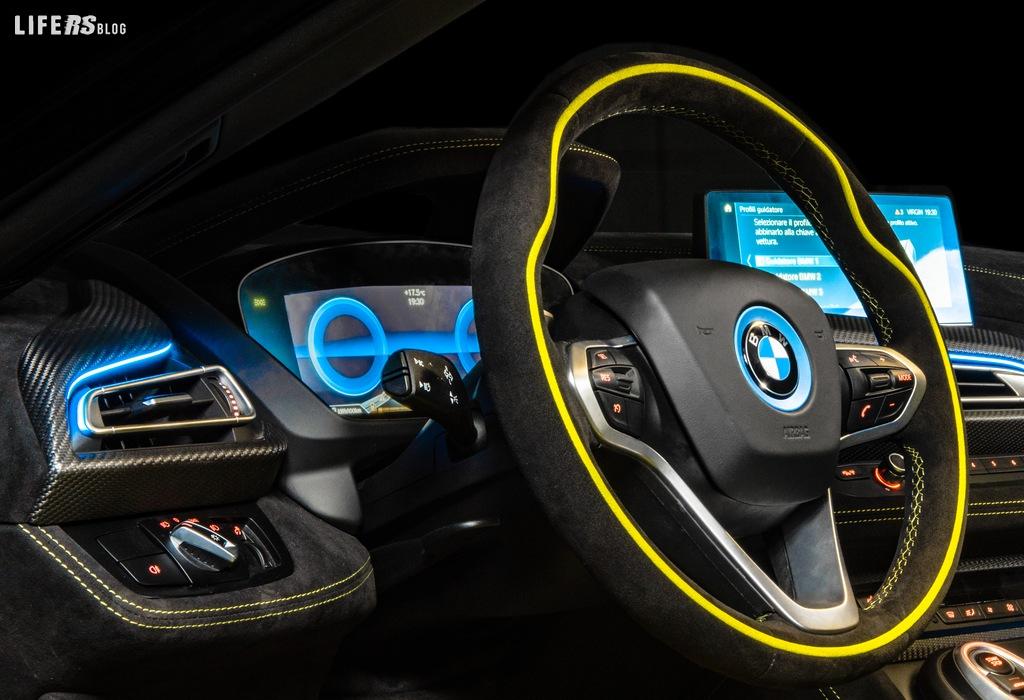 LimeLight Edition, la BMW i8 Roadster by Alcantara® e BMW Italia