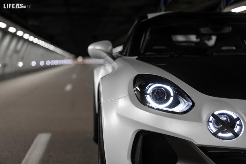 Sports X, la Alpine A110 strizza l'occhio ai SUV