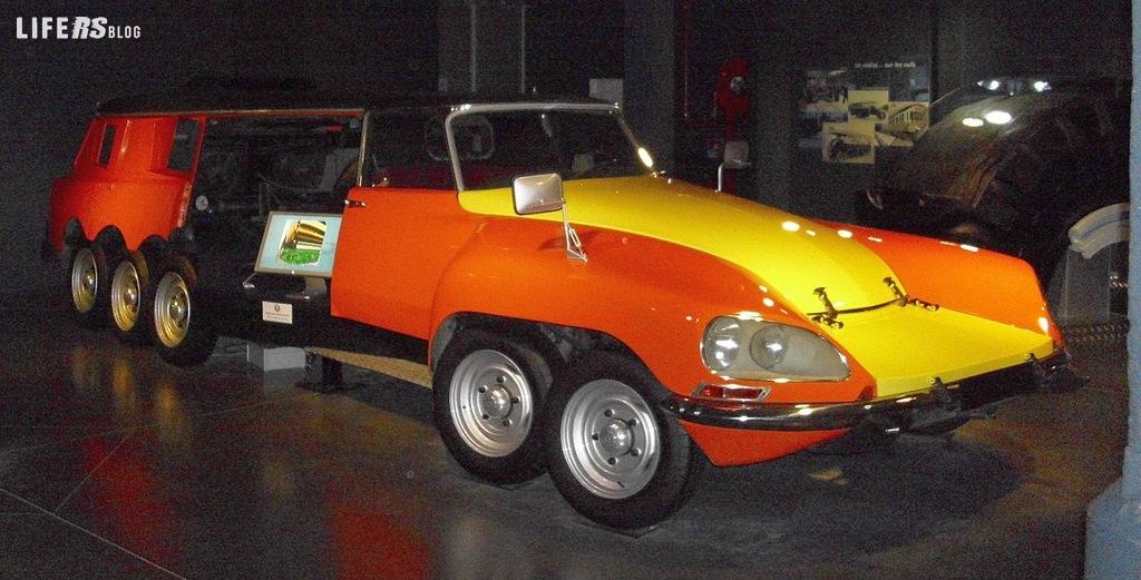 PLR: Michelin e André Citroën insieme nel millepiedi DS