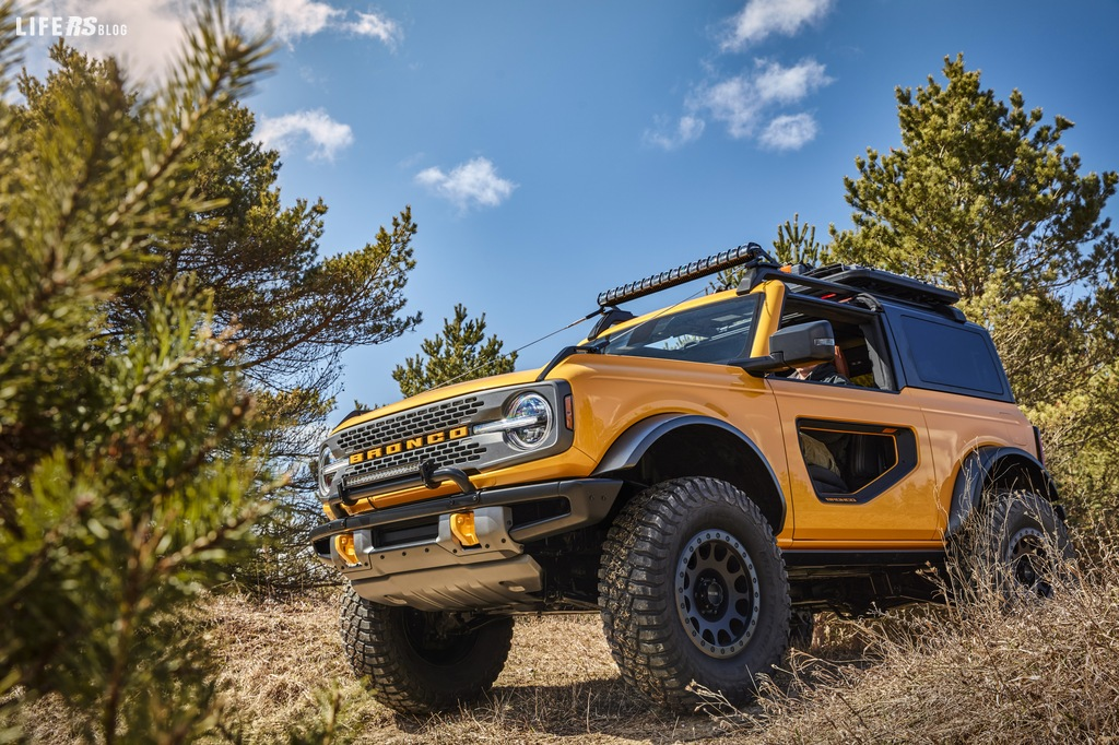 Bronco: il ritorno del Ford, fuori strada duro e puro made in USA