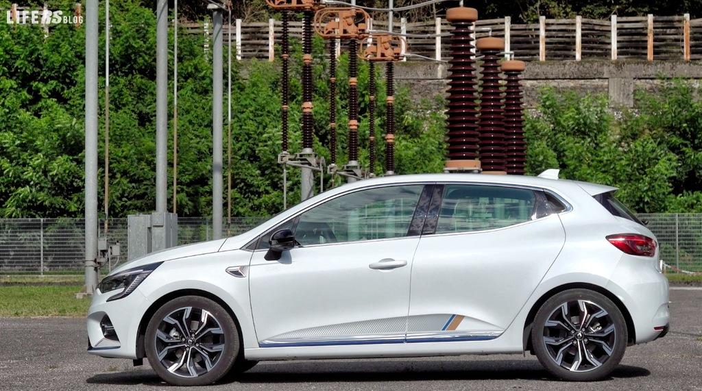 E-TECH Hybrid: una vera e propria motorizzazione ibrida innovativa per Clio