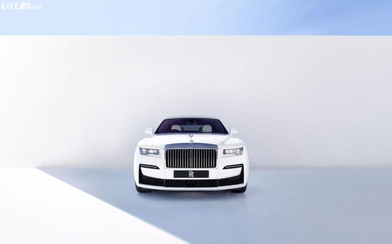 Ghost: Rolls Royce minimalista, ma estremamente complessa!