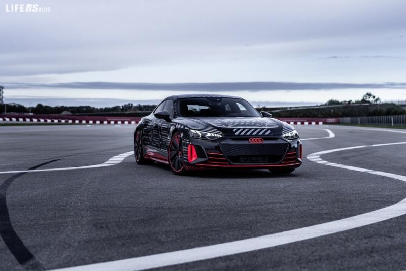 Di Grassi e RS e-tron GT: ricaricare alla massima potenza