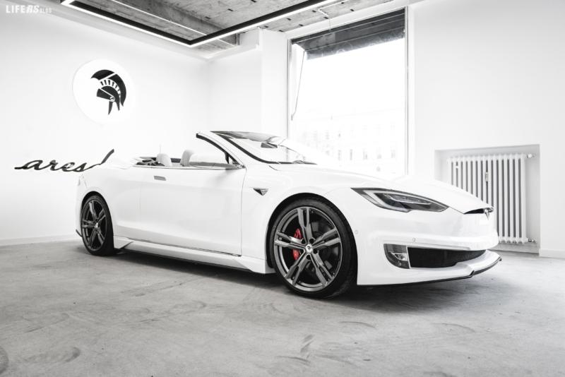 Ares convertibile elettrizzante per Tesla Model S