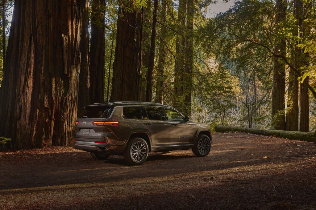 Grand Cherokee L debutterà quest'estate come entità a sé
