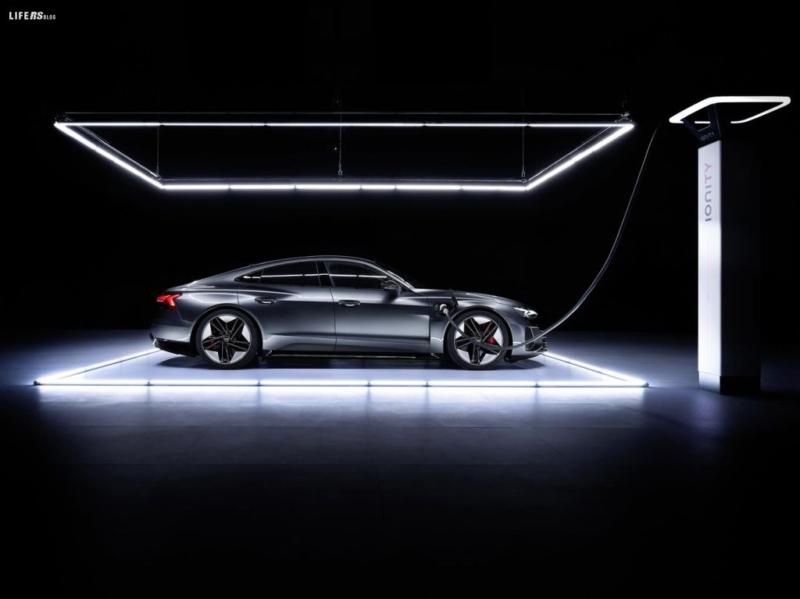 e-tron GT, la granturismo del futuro by Audi!