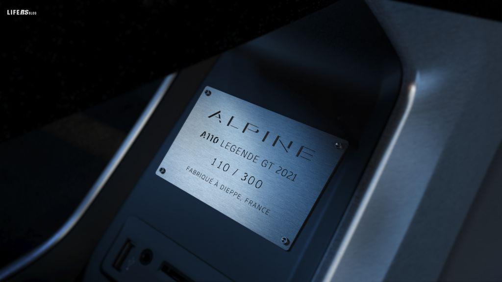 A110 LÉGENDE GT 2021 edizione limitata a 300 unità