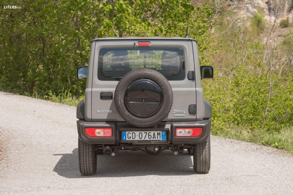Jimny Pro 1.5 4WD AllGrip: nessuno come lui