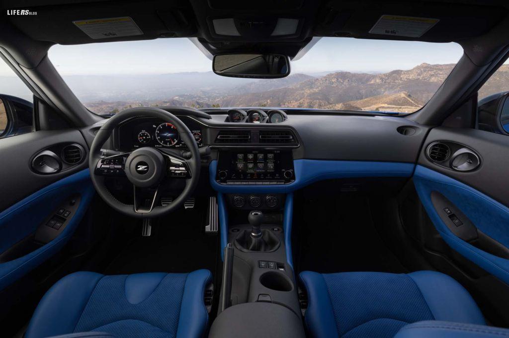 Nissan Z: guarda al passato per andare avanti