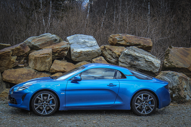 Test Drive Alpine A110